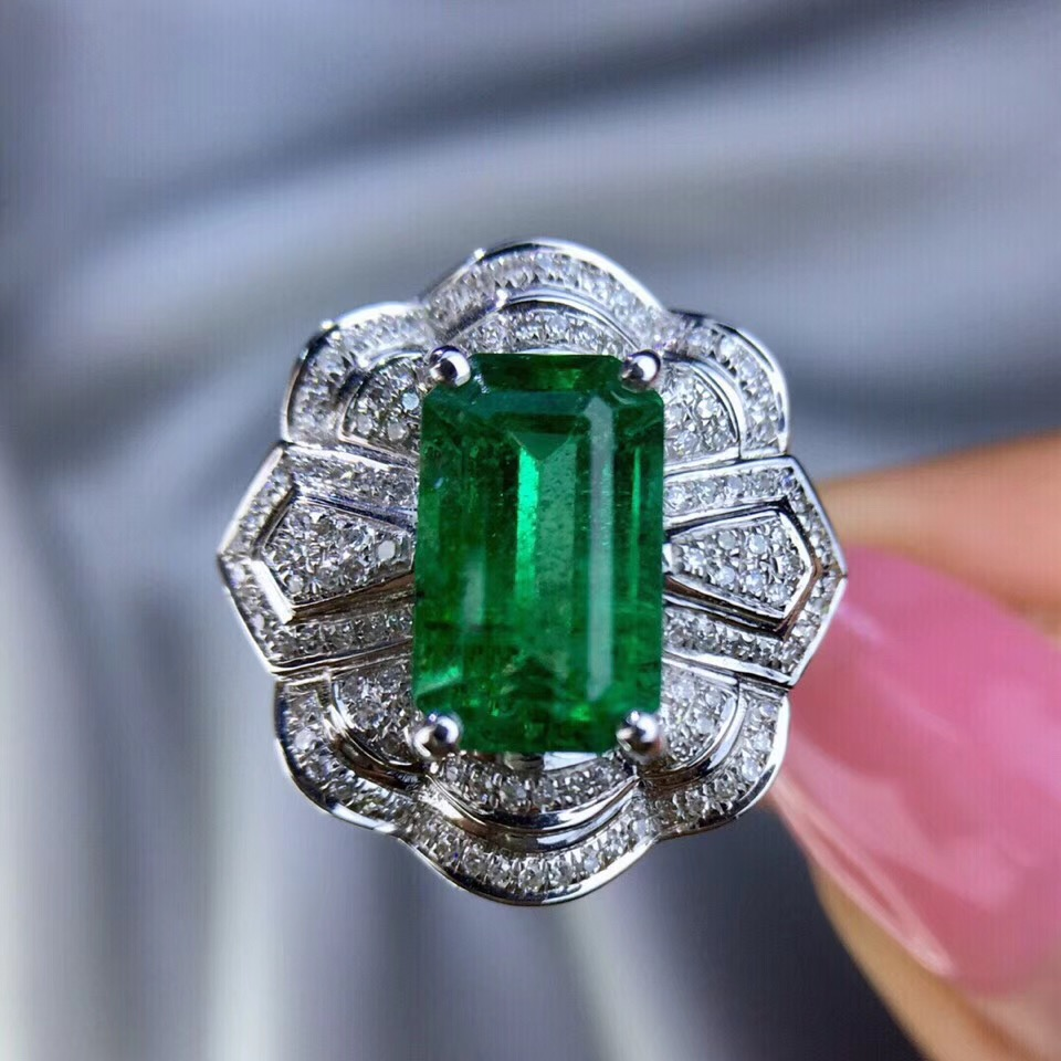 New Design 2018 14k white gold Jewelry For Women Colombian Lab Created Emerald set with moissanite Engagement Wedding Ring fine jewelry colombian aaa lab created emerald engagement wedding ring in solid 14k white gold support for custom jewelry