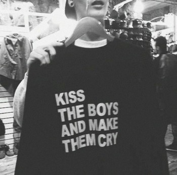 Skuggnas Kiss boy and make them cry letter print sweatshirt Moletom Do Tumblr Hoodie Jumper grunge goth harajuku aesthetic Tops