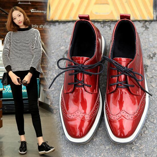 New Arrival Women Flats Spring Autumn Fashion Brogue Shoes Lace Up Oxford shoes Patent Leather Female Casual shoes 03
