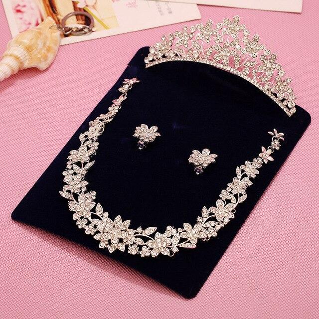 eb5c13d9d03e Vintage collar de cristal Tiara de la corona un conjunto 4 diseño de plata  enchapado conjunto