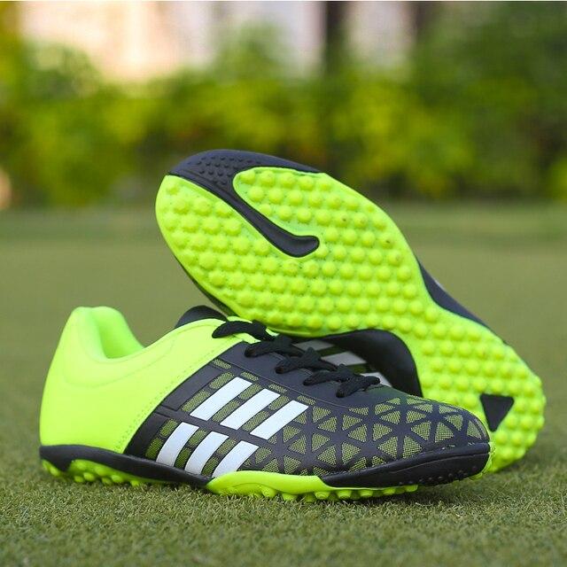Erkekler Futbol futbol ayakkabıları Atletik Futbol Ayakkabıları 2018 Yeni Deri Büyük Boy Yüksek Top Futbol Cleats Eğitim Futbol Spor Ayakkabı Adam