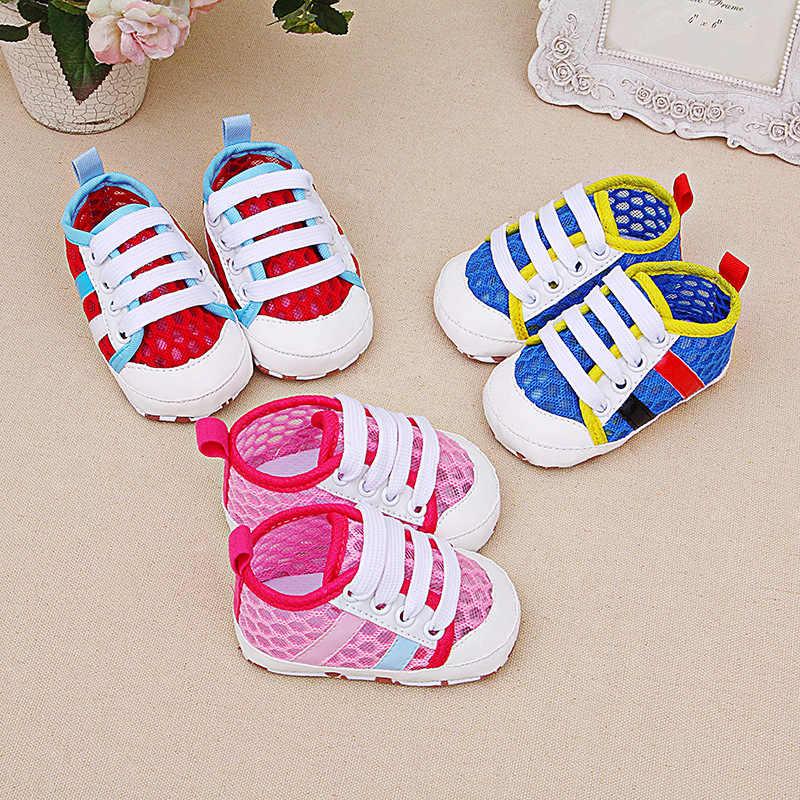 אופנה אור שטוח רך לנשימה תינוק נעלי בני סניקרס תינוק מזדמן בנות פועלים ילדי נעלי ספורט לבן עבור 0 -18M תינוק