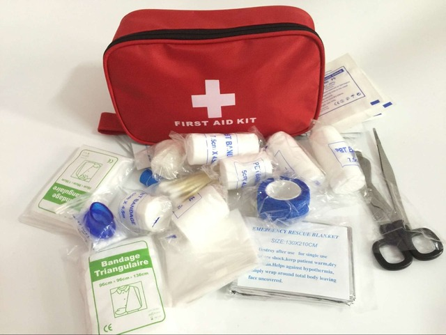 Seguro de Viagem Kit de Primeiros Socorros de Sobrevivência Na Selva Ao Ar Livre de Acampamento Caminhadas Conjunto Pacote de Tratamento De Emergência Médica FAK-A50