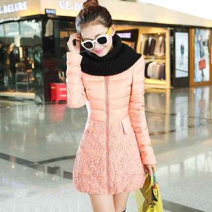 ФОТО Hot Sale 2015 Women Lace Patchwork Duck Coats Fashion Winter Long Slim Jackets Woman Plus Size Wadded Parkas H4650