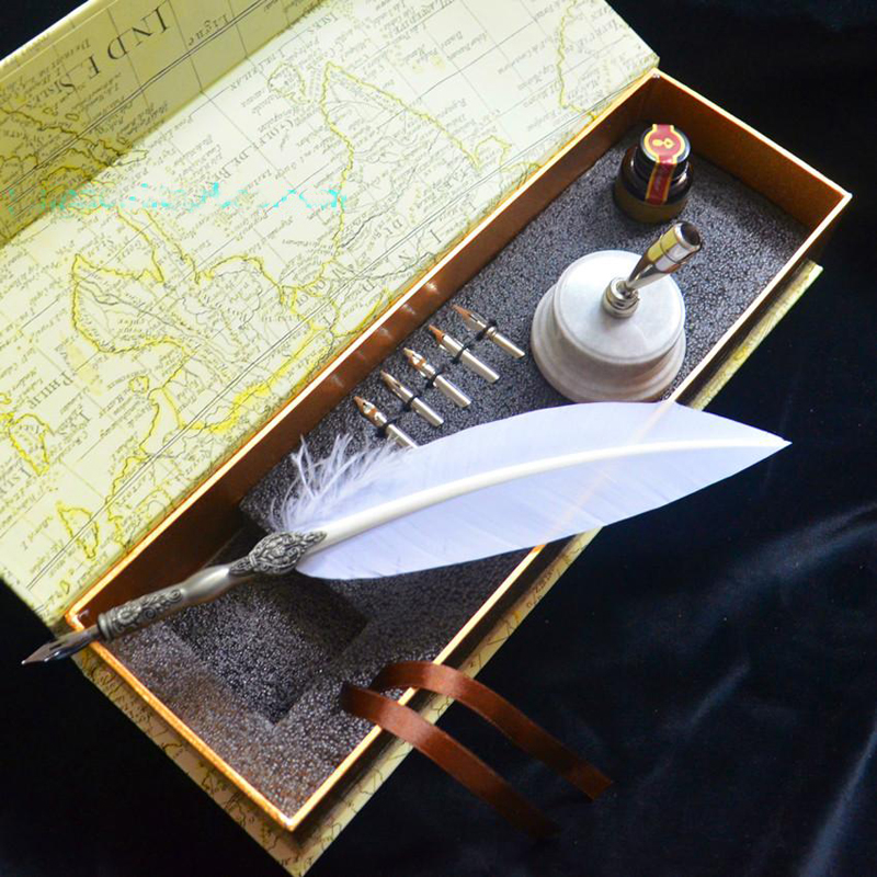 High Quality Retro Carving White Quill Feather Pen Set with Pen Holder 5 Nibs 1 Ink Signature Calligraphy Wedding Gift Dip Pen