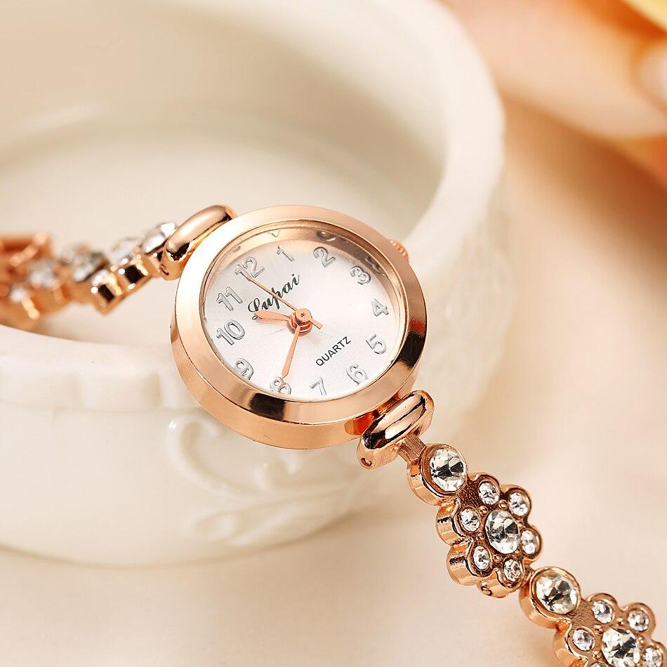женские часы с доставкой из России