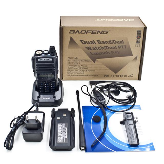 BAOFENG New Dual Band Amador Handheld Rádio Em Dois Sentidos UV-82 UV 82 UHF/VHF 128 Canais FM Ham walkie talkie Transceptor fone de ouvido