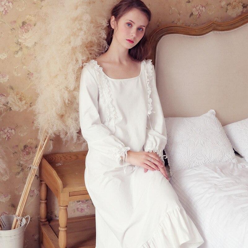 Women Sleepwear Vintage White Blue Cotton Nightgown Long Night Dress Indoor Clothing Elegant Romantic Nightwear 2018 Autumn