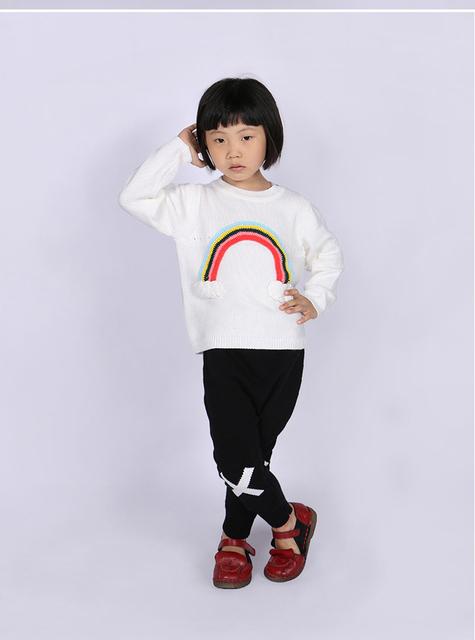 Moda de nova Europa bobochoses rainbow padrão camisola da menina das Crianças de manga comprida de malha roupas de bebê de algodão tops branco