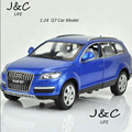 Hot 1:24 Audi Q7 Cars Metal Alloy Diecast Toy Car Model Miniature Scale Model Sound and Light Emulation Electric Car
