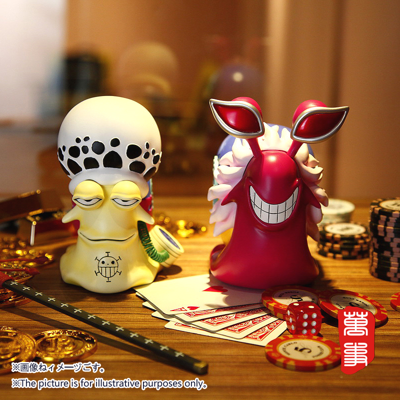 New Pattern One Piece Donquixote Doflamingo Trafalgar Law Den Den Mushi Telephone Bug Anime Figure Resin Model Ornaments Toy lethe s law