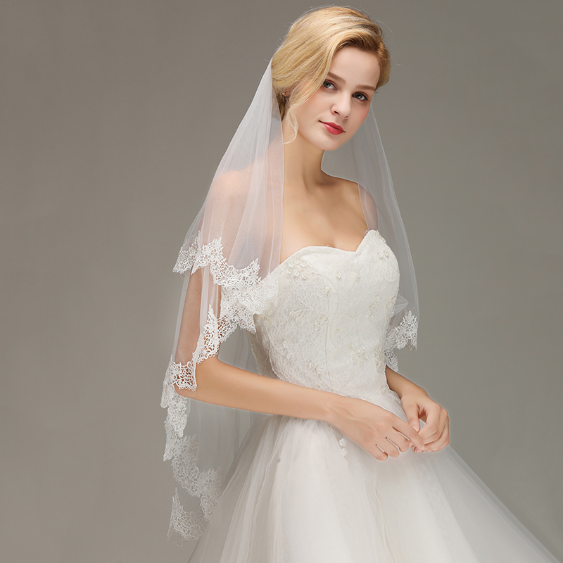 Veu De Noiva Cheap 1.5M Bridal Veils With Combs White Ivory Short Wedding Veils Appliques Edge Bride Veils Wedding Accessories