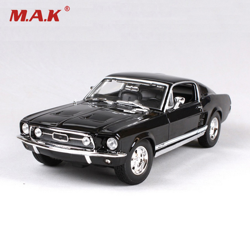 1/18 Scale Maisto Mustang 1967 GTA Fastback Muscle Models Black and Green Children Gifts For Boys Collections Displays
