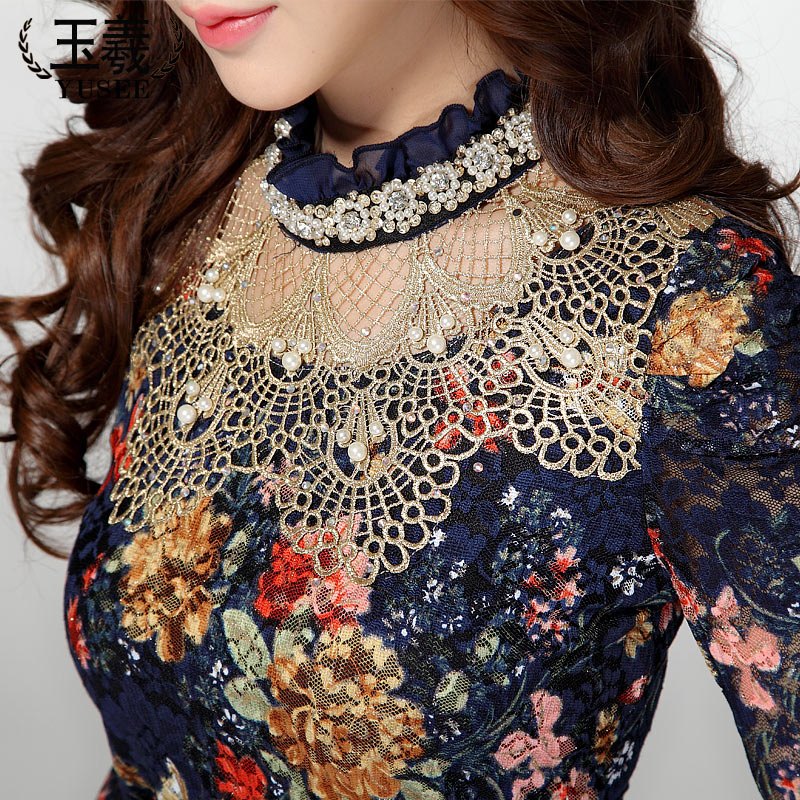 2017 Women's Chiffon shirt female Lace Blouses long-sleeve Hollow Floral Lace Tops Slim Elegant Beaded Gauze Lace shirts 4XL