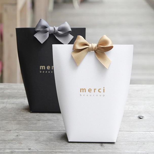 Gift Bag Set Black Medium Merci Beaucoup Party Favor Bags
