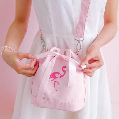 Women Bag 2017 Fun Flamingo Design Harajuku Embroidery Handbag for Girl bucket Bag Leisure Female Shoulder Messenger Bag