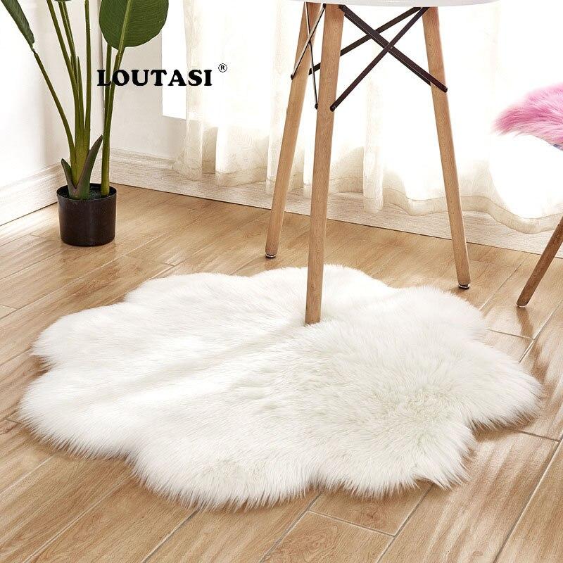 LOUTASI couverture de chaise en peau de mouton Faux 17 couleurs chaud tapis de laine poilue tapis de sol peau fourrure plaine tapis moelleux pour salon