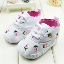 Newborn Baby Girls Princess Prewalkers Baby Girl's White Embroidered Foral Soft Cotton Crib Shoes Prewalkers Spring Autumn(China)