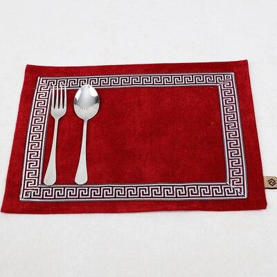 Лоскутный с вышивкой кружевное китайские столовые приборы стол колодки Статуэтка винтажный Европейский стиль бархатная ткань Настольный коврик - Цвет: Бургундия