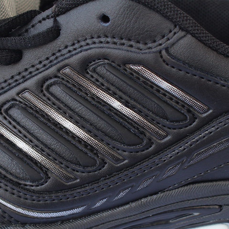 Foto details from the side BONA popular running sneakers for men. Men's athletic shoes for outdoor black color
