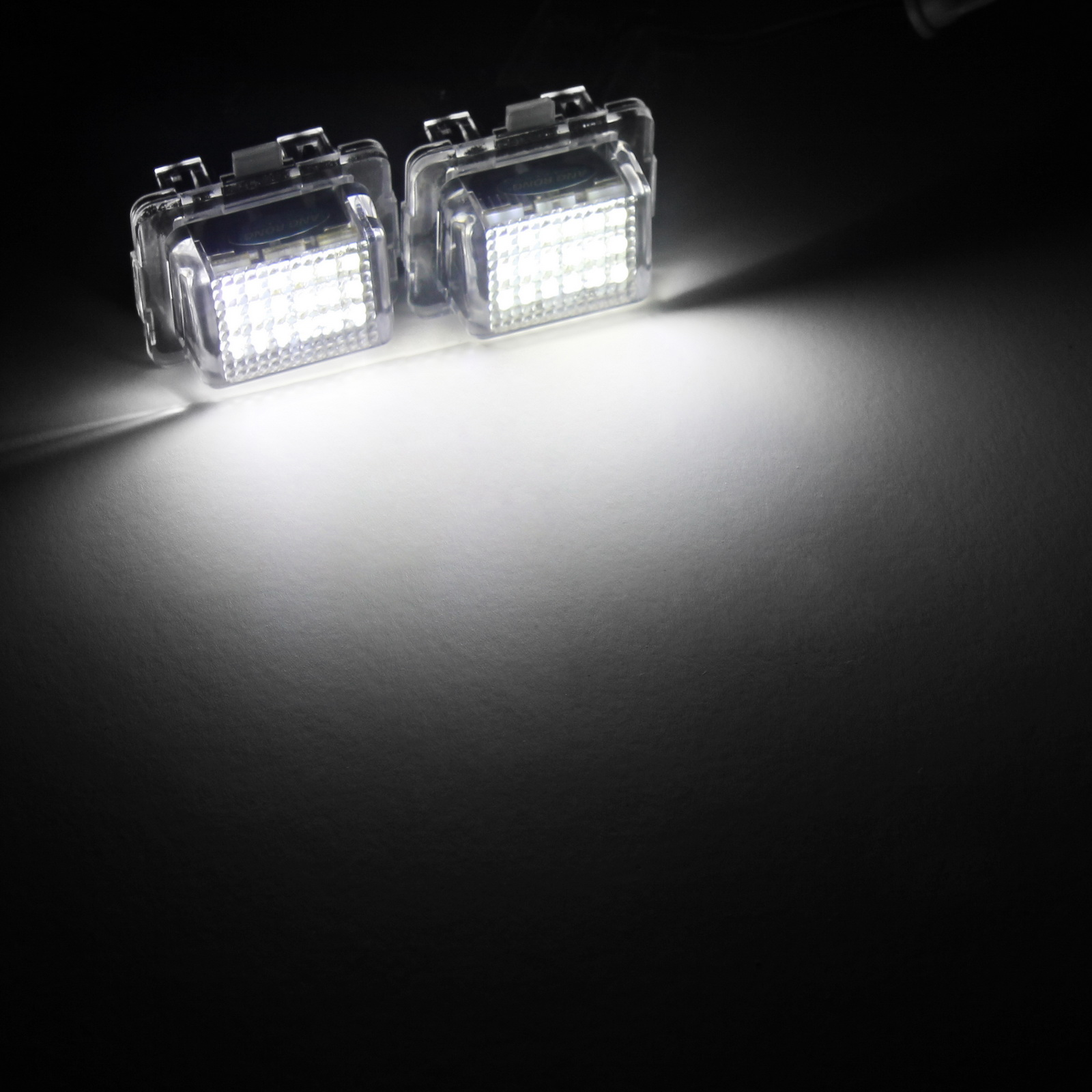 2x LED Licence Number Plate Light White Canbus For MB W204 W212 C207 W221 W222 R231 C117 C E S SL CLA Class