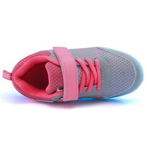 Image 2 - גודל 25 37 ילדים סניקרס עם אור זוהר סניקרס בד נעלי סניקרס הזוהר עבור בני בנות Krasovki עם תאורה אחורית