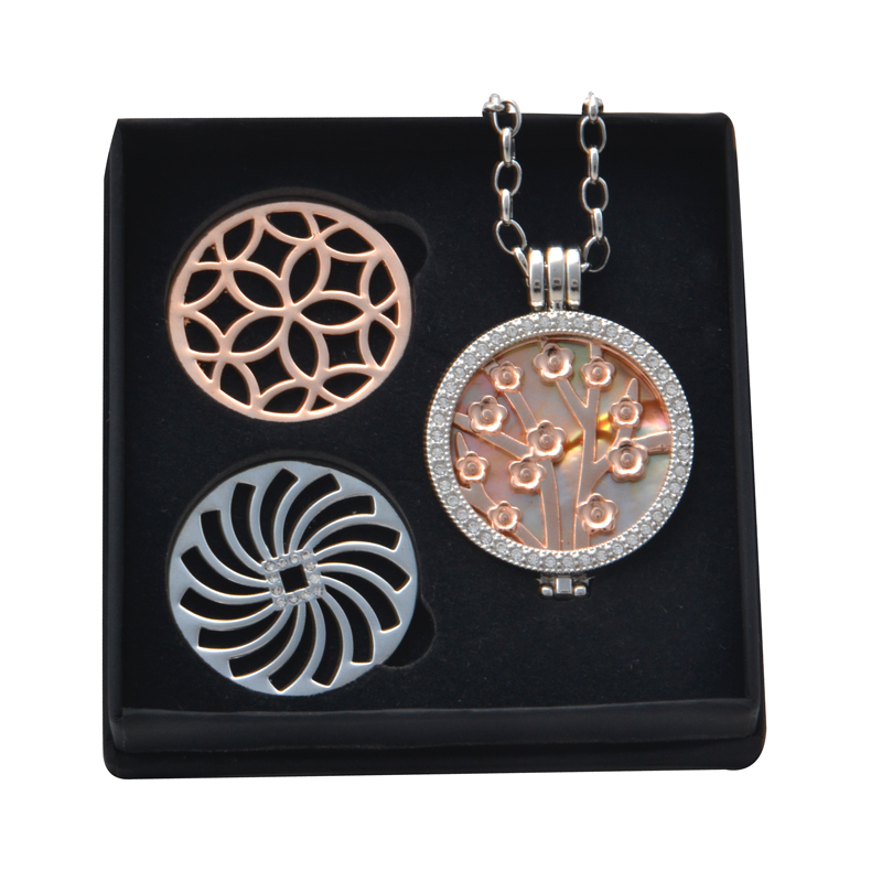 New Arrival Jewelry Box Set With 1.2mm Tree Flower Coin and 1mm Orange Shell Pendant Necklace plus 2pcs Coin as Christmas gift