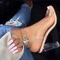 Saltos Altos das Sandálias das mulheres com Tira No Tornozelo Plataforma Perspex Claro PVC Clássico Bracelete de Cristal Moda Sapatos de Mulher # Y0593066G