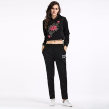 Floral Embroidery Crop Top and Long Pants Women Tracksuit Short Hoodies Two Piece Set Women Winter Suits Conjunto Feminino