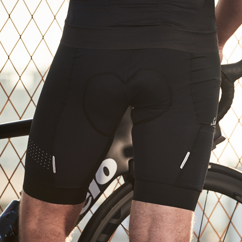 Купить с кэшбэком Santic Men Bicycle Shorts Cycling Shorts Coolmax 4D Padded MTB  Mountain Bike Shorts  Riding Bottoms M9C05105 S-3XL