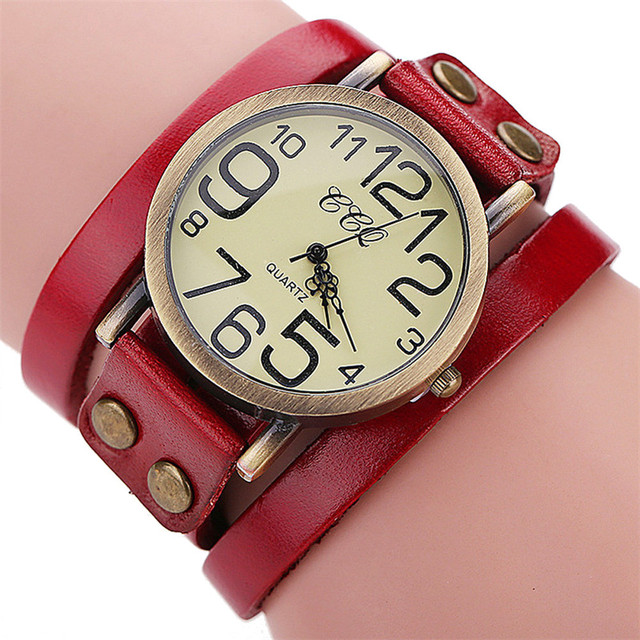 Hot Sale Reloj Newest CCQ Luxury Brand Vintage Cow Leather Bracelet Watch Men Wo
