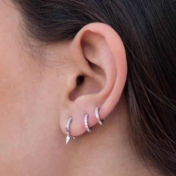 Chính hãng 925 sterling silver bạc đơn giản đồ trang sức thời trang thiết kế tuyệt đẹp tuyệt đẹp phụ nữ phong cách nhỏ vòng tròn nhỏ huggie cz bông tai