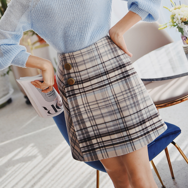 Dabuwawa New Autumn Plaid Skirt Women Winter Retro Preppy Style High Waist Button Mini A Line Skirts D18DSK014-in Skirts from Women's Clothing    1