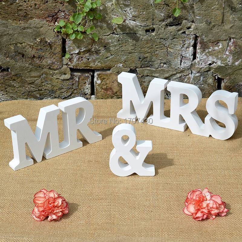 Продать его самостоятельно г-н и миссис знак - автономных неокрашенный MDF буквы - свадебного стола украшения 8 см