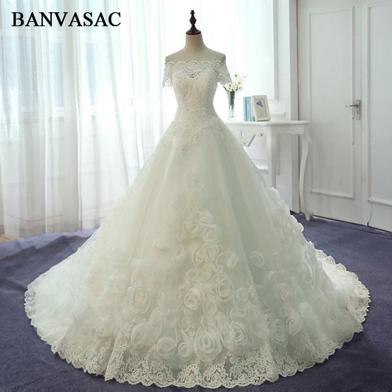 BANVASAC 2017 Nowa luksusowa hafty Boat Neck Suknie ślubne z krótkim rękawem Satin kryształy sąd pociąg Lace Bridal Suknie balowe