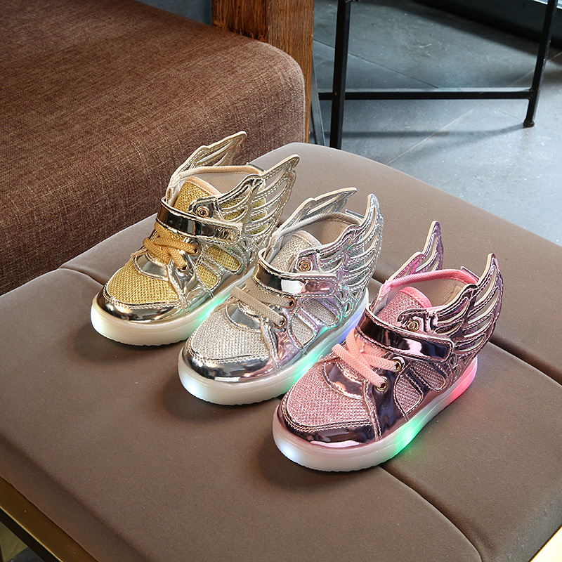 2018 European fashion LED light baby boots Cool casual lovely kids glowing sneakers boys princess girls shoes cute baby shoes