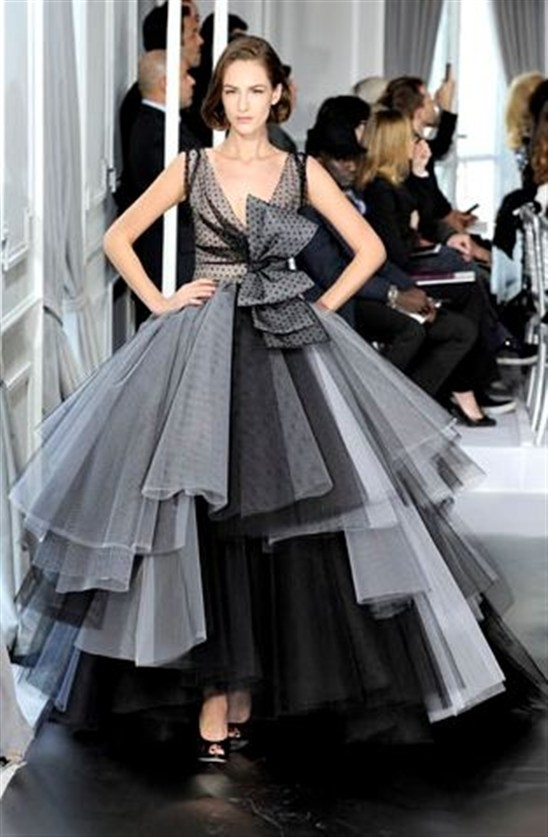 E2073 Elegant off shoulder organza ball gown black and white evening ...