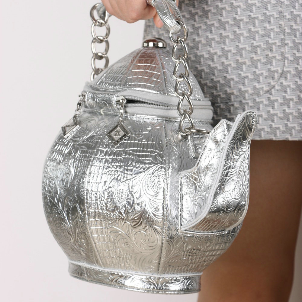 1c492147ce5 Exclusive Chinese ancient pot bag carving teapot handbag novelty creative  women s personalized shoulder bag fun aladdin s lamp-in Shoulder Bags from  Luggage ...