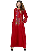 Factory Direct Sales Of Eastern Muslim Loose Gowns, European And American Long sleeved Heavy duty Embroidered Dresses