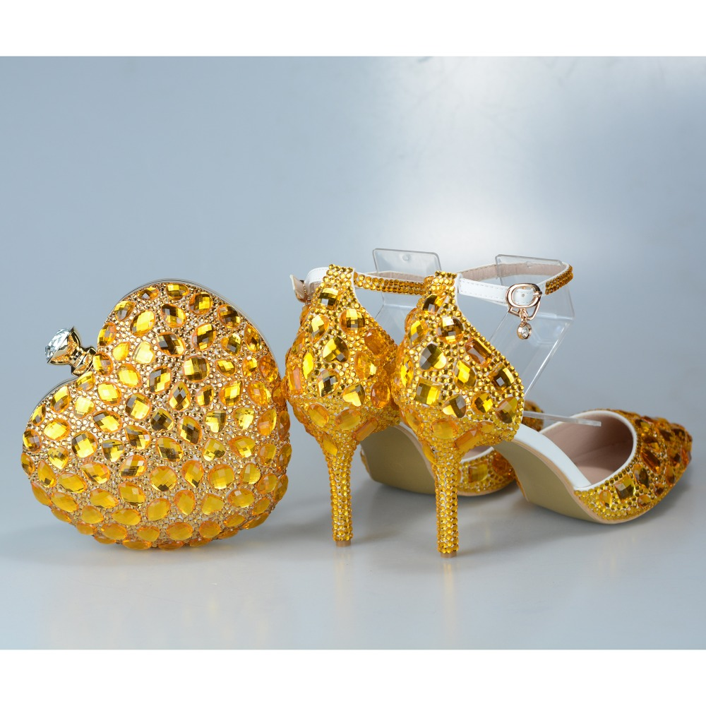 Wedding Sandals Gold Purse and Shoes Set Crystal Heels With Buckle Ankle Strap Heart Bag Pointed Toe Female Evening Party Shoes стоимость