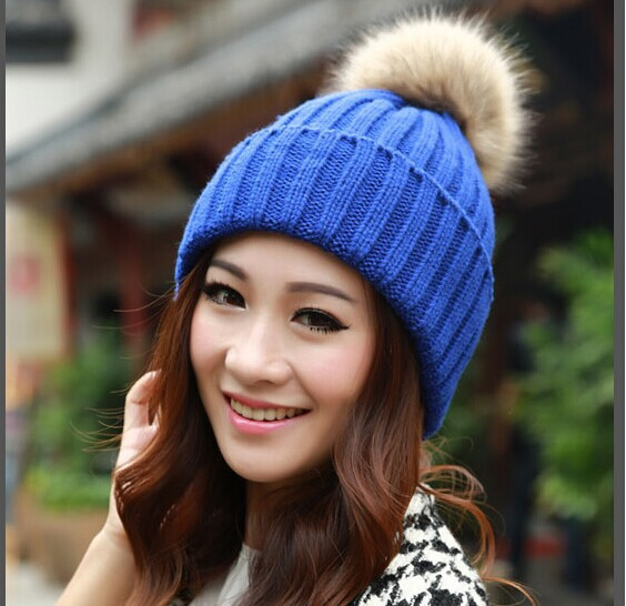 2018 Fashion Knitted Woolen Women 30 Wool Beanie Hats With Big Fur