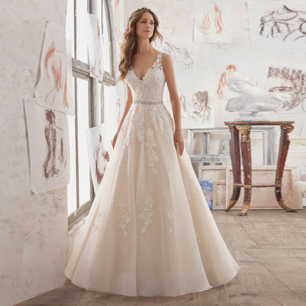Cheap New Designer Bridal Gown With Crystal Keyhole Back