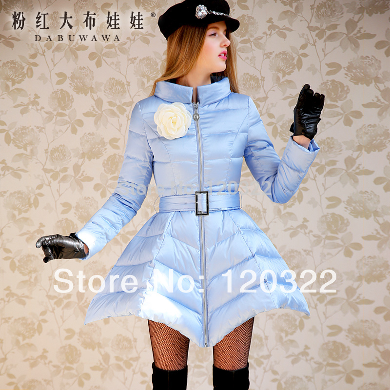 Dabuwawa 2017 Winter Light Blue Stand Collar Slim Belt Waisted Fashion Casual Long Skirt Down Coat Female dabuwawa 2015 white duck down wide waisted stand collar slim down jacket