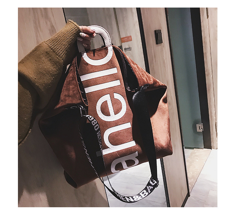 HTB1ddBRXzDuK1RjSszdq6xGLpXa7 - New Large-capacity Velvet Handbag Fashion Lady Letter Shoulder Crossbody Bag High Quality Women's Shopping Bag Tote