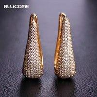 Blucome Micro Asfaltata Zircone Rame Triangolo Orecchini Strass Color Oro Da Sposa Donna Ragazze Perni Aretes Gioielli Orecchio Morbido