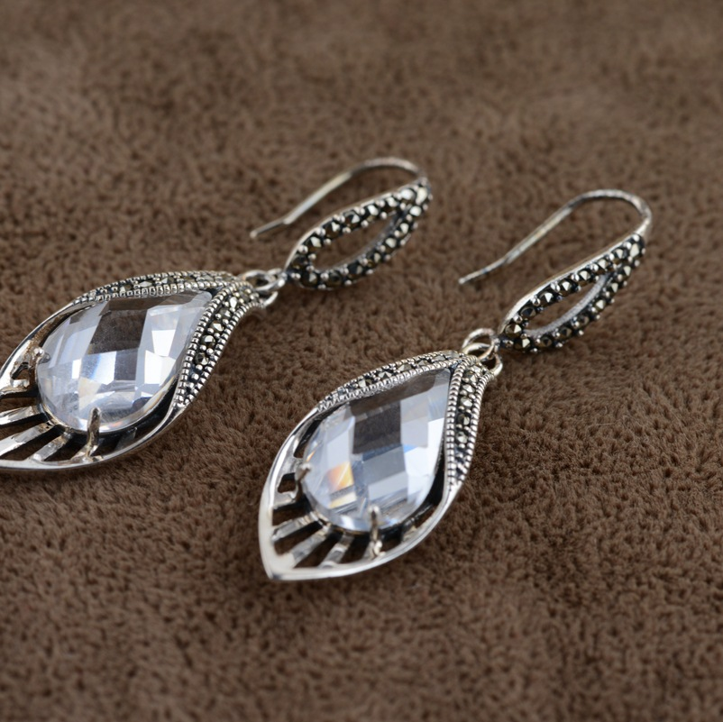 Thai silver earrings S925 zircon silver inlaid white female antique style earrings, atmospheric water thai silver earrings s925 zircon silver inlaid white female antique style earrings atmospheric water