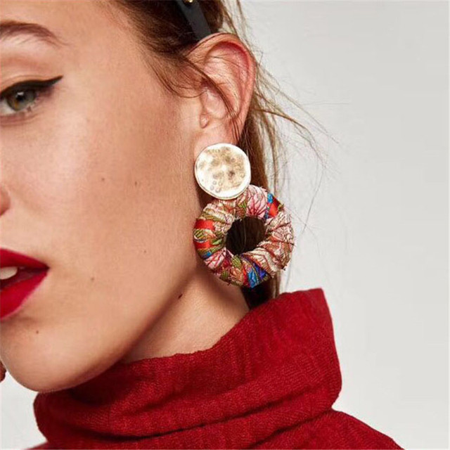 Best lady New Arrival Colorful Bohemian Trendy Stud Earring Simple Design Fashion Statement Earring Jewelry for Women Wholesale