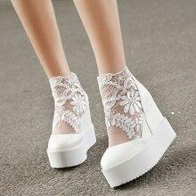 Прелестные модные туфли Кружева римские Обувь женщин танкетке на белой платформе Насосы босоножки на высоком каблуке Zapatos plataforma Mujer encaje 34-39
