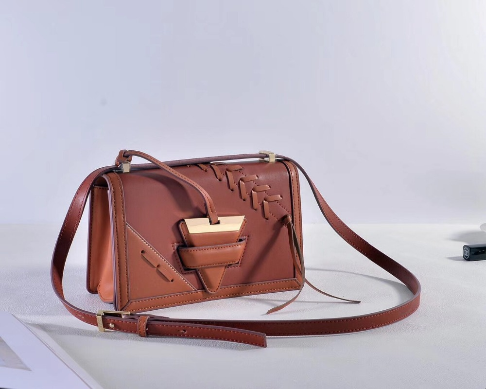 Genuine leather triangle inverted triangle lock crossbody bag of women 2017 European fashion designer famous brand shoulder bag