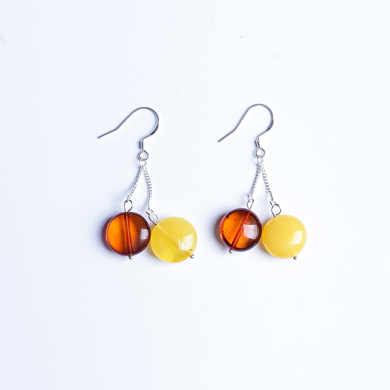 100% Polish designer natural amber beeswax yellow honey 925 sterling silver earrings earrings Genuine luxury blood Perry genuine natural baltic beeswax earrings amber beeswax pure silver earrings earrings female female 925 silver jewelry de005